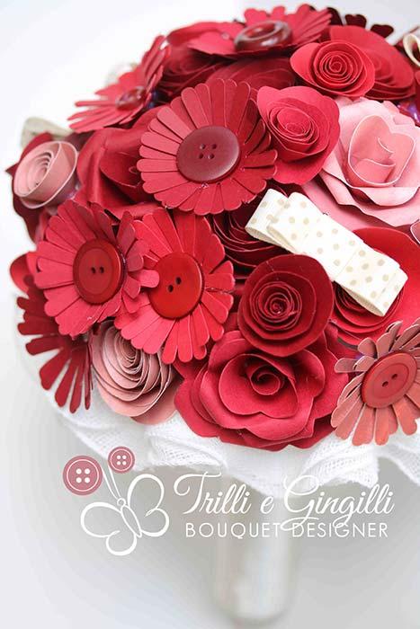 bouquet fiori di carta rossi