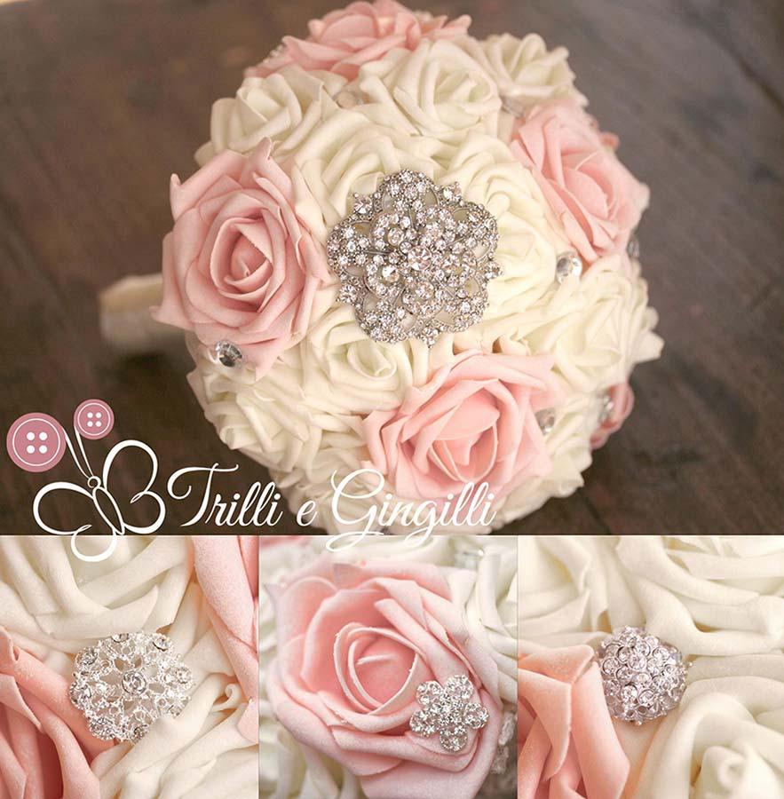 Bouquet gioiello con rose avorio e rosa quarzo