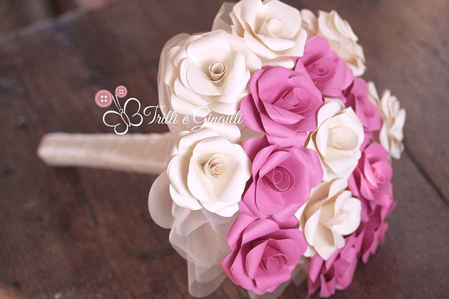 Bouquet con rose di carta