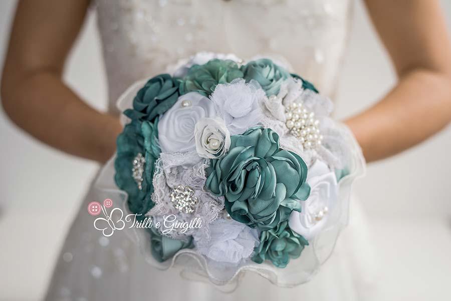 Bouquet Sposa In Stoffa.Bouquet Gioiello Ecco I Modelli Piu Originali E Dove Trovarli