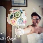 Bouquet sposa di carta colorato