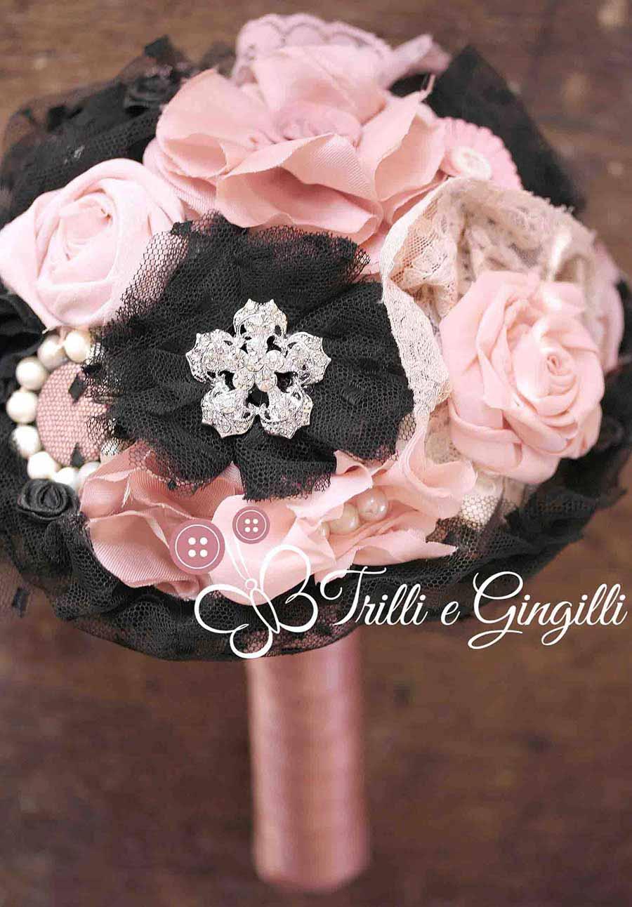 Bouquet gioiello rosa e nero