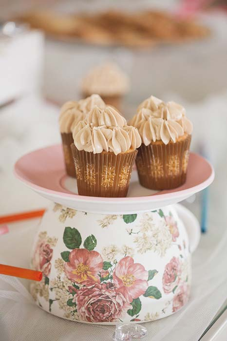 Cupcake su tazza da tè