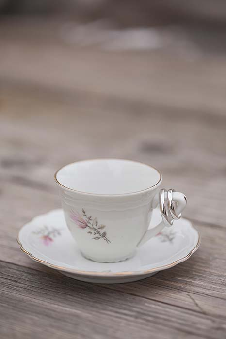Fedi con tazzina da tè