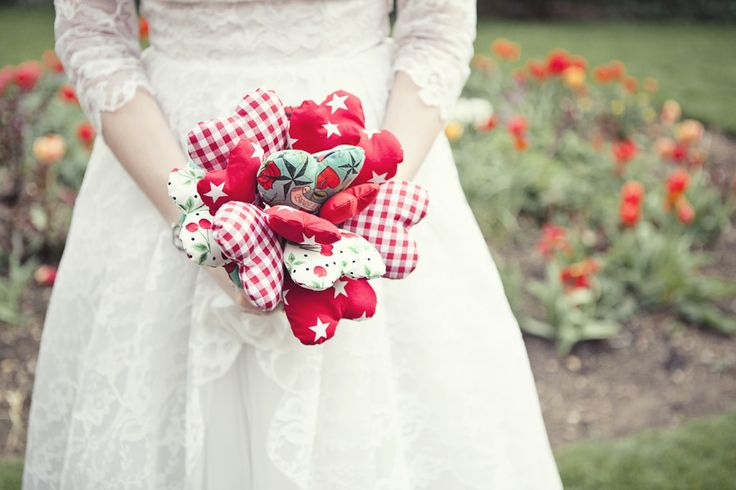 Bouquet di cuori di stoffa