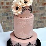 Torta cake design rosa e nera