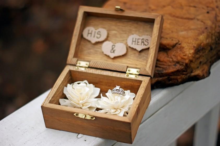 Matrimonio Tema Legno : Cuscini porta fedi ecco i più originali