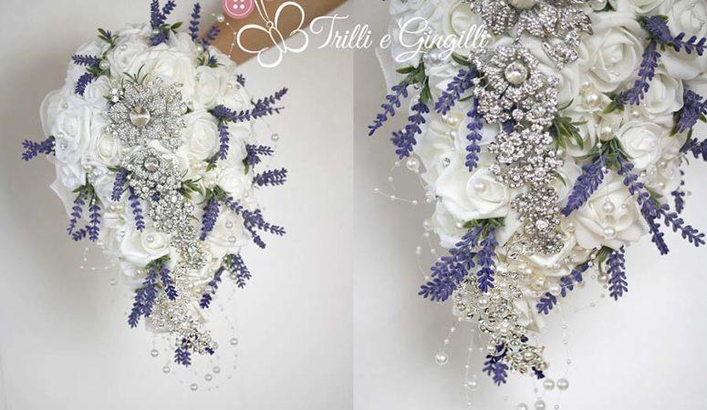 Bouquet con lavanda e rose diversi dal solito