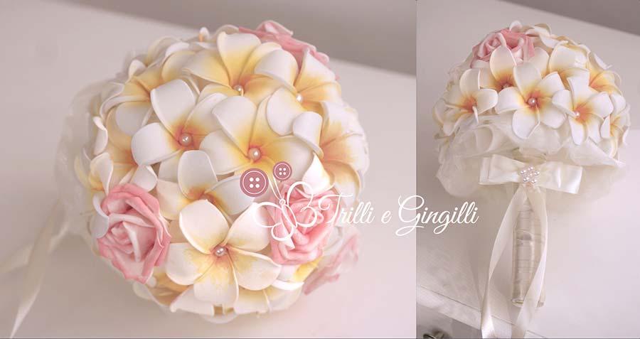frangipani bouquet con rose