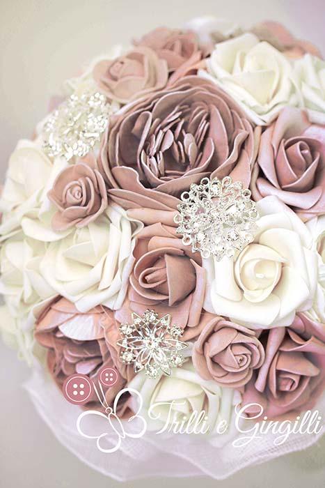 bouquet rosa antico bianco peonie rose
