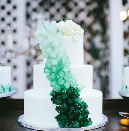 torta matrimonio gemme preziose verde cristalli