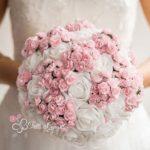 bouquet particolari sposa bianco e rosa