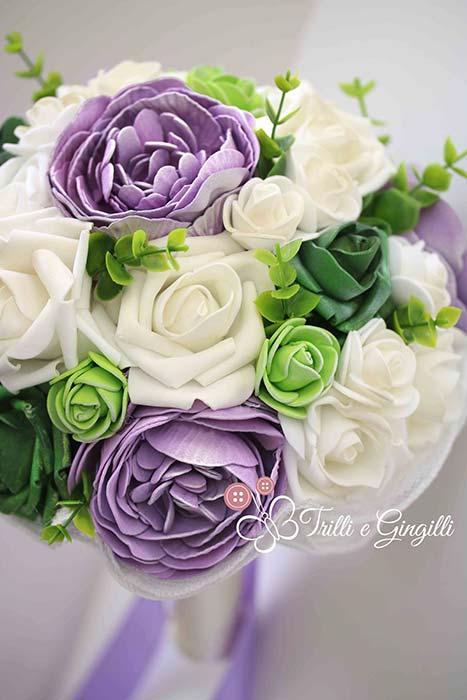 bouquet di peonie e rose lilla e verde