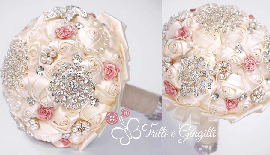 bouquet di rose di raso bianco avorio gioiello
