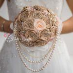 bouquet rose di raso e perle
