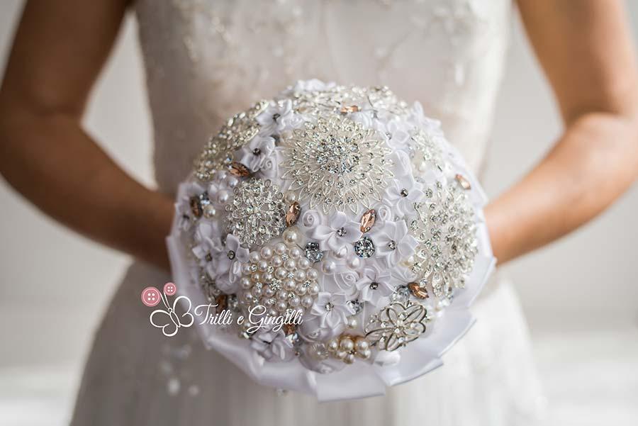 bouquet sposa particolari gioiello