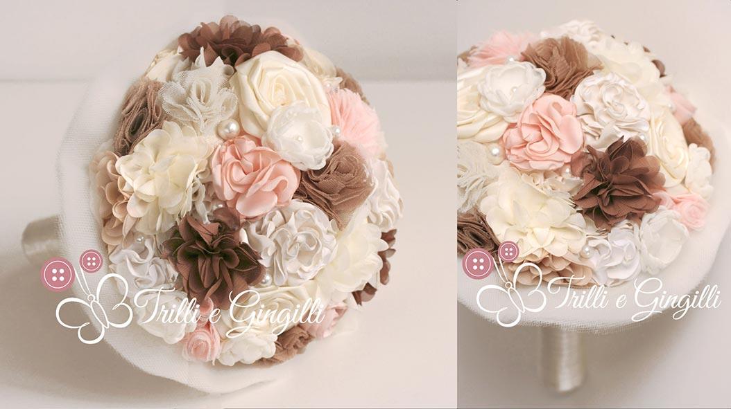 Bouquet di stoffa bianco, rosa e marrone