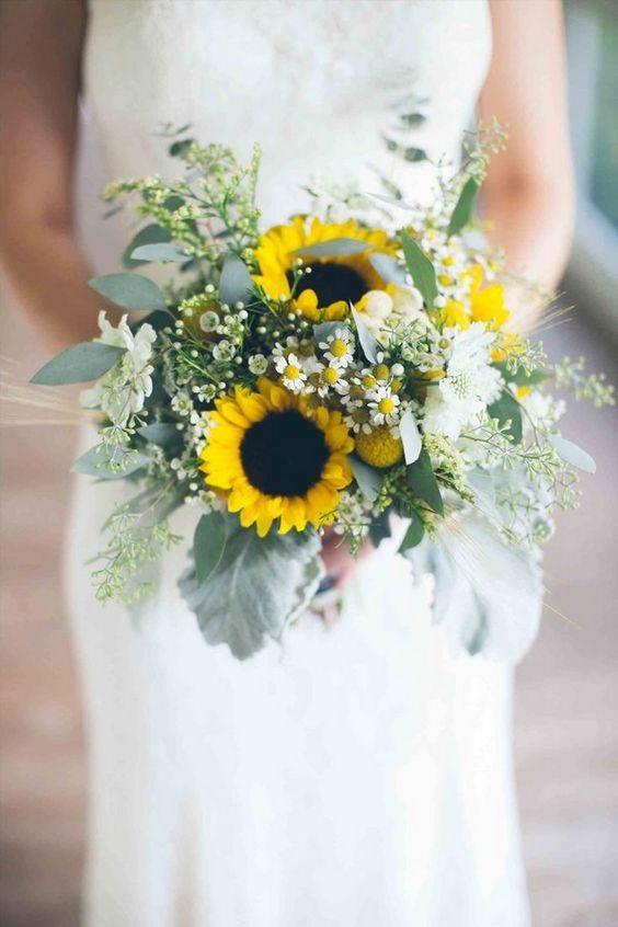 bouquet sposa girasoli e margherite