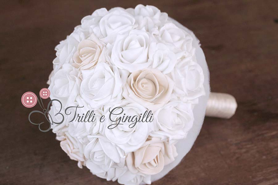 bouquet rose bianche avorio