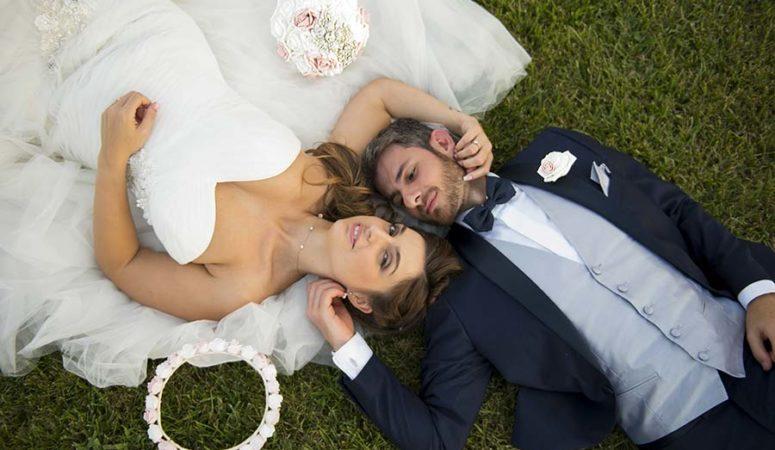 Il matrimonio rosa antico a tema coppie famose di Jennifer e Ivan