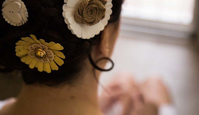 Fiori per capelli da sposa: dove trovarli e quali sono i trend 2019