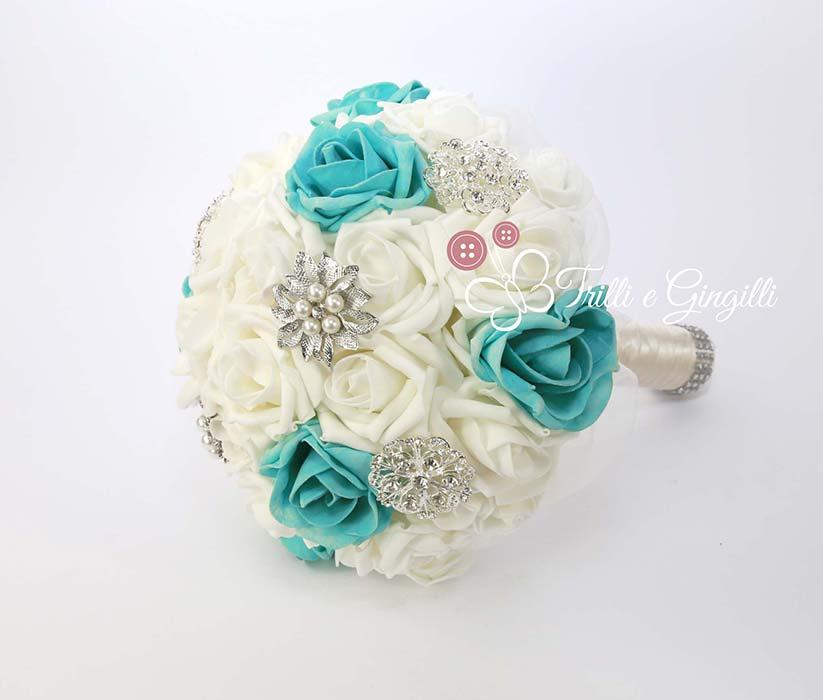 bouquet sposa azzurro bianco rose