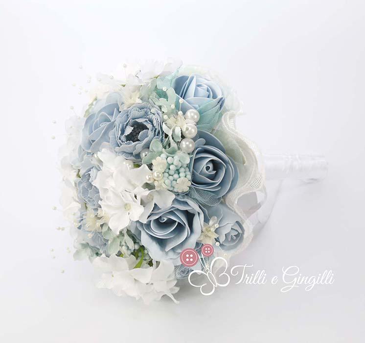 bouquet sposa azzurro e bianco
