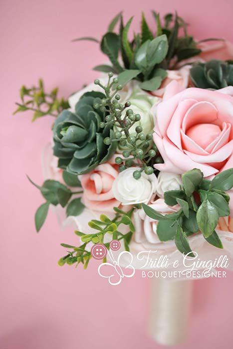 bouquet moderno con piante grasse