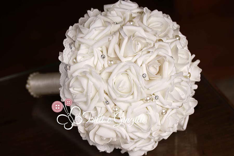 bouquet di rose bianche strass e perle