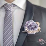 bottoniera sposa con rosa coordinata al bouquet
