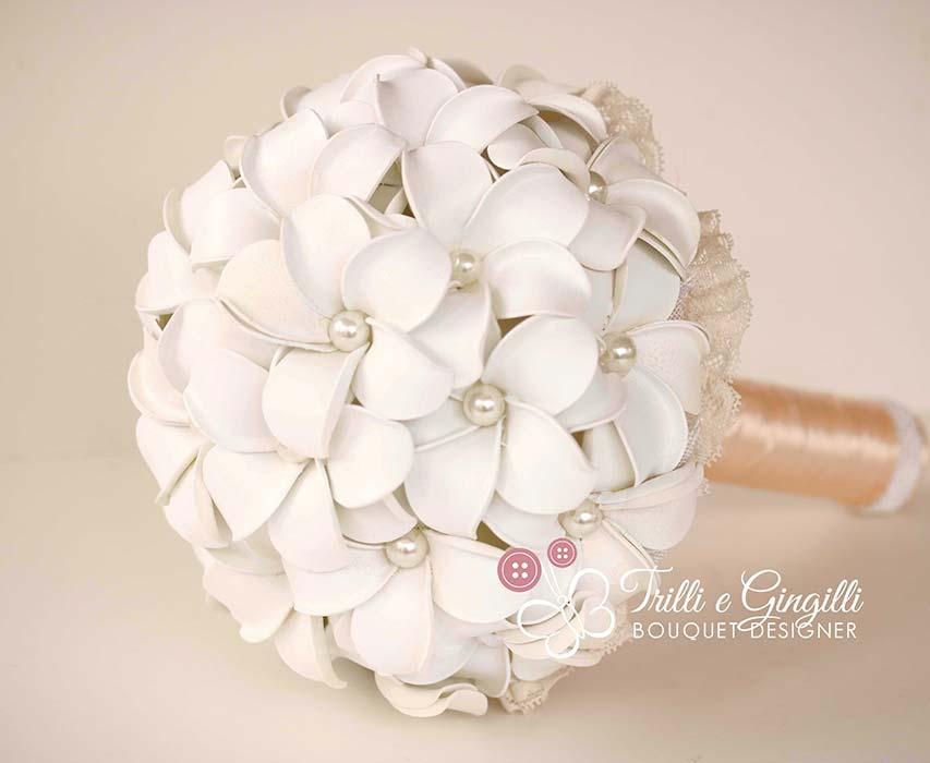 bouquet frangipani bianco
