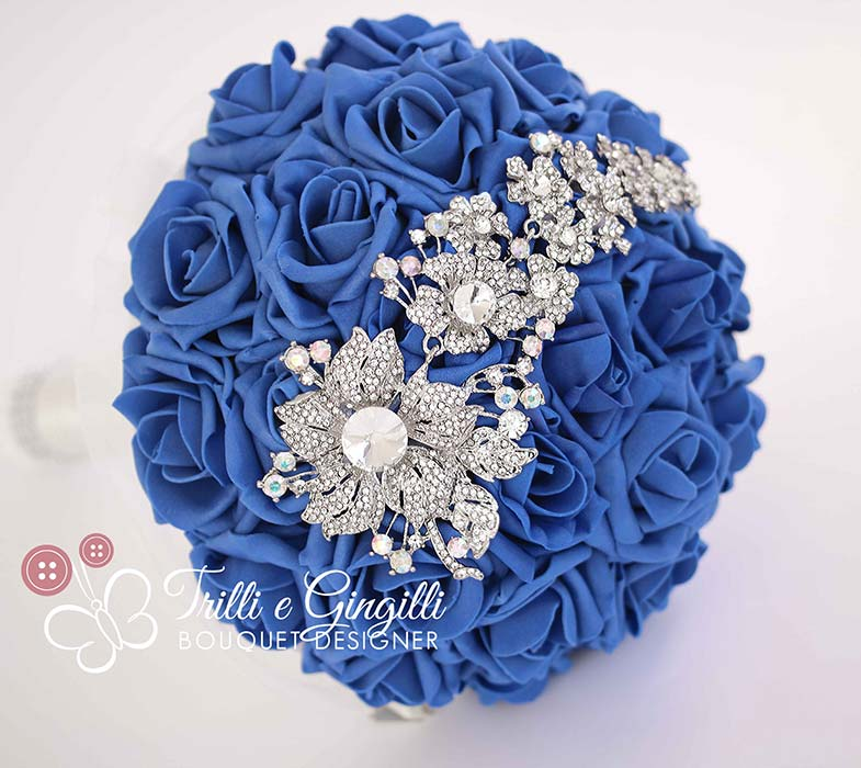 bouquet di rose blu gioiello