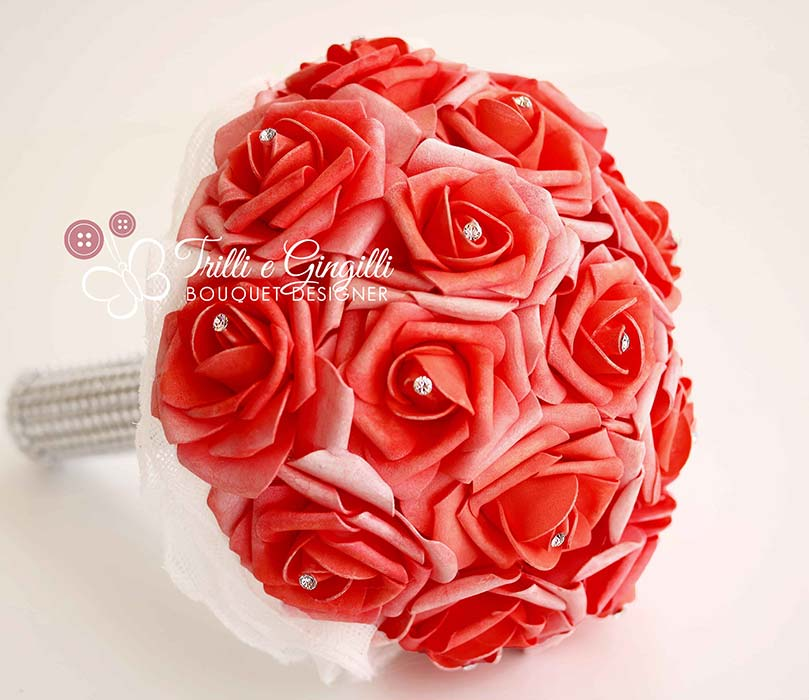 bouquet di rose rosse e strass