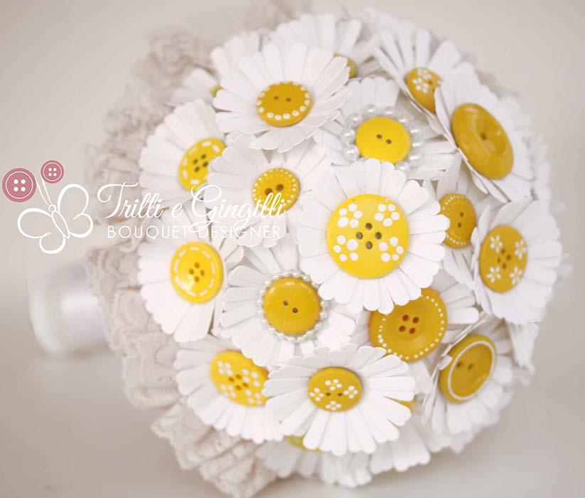 bouquet sposa carta bottoni margherite