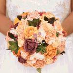 bouquet sposa fiori finti rose peonie arancione