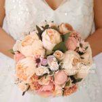bouquet sposa fiori seta peonie rose