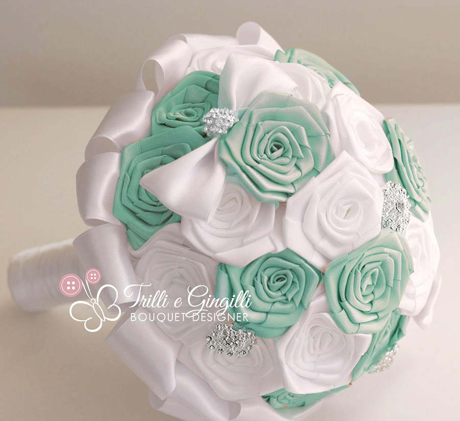 bouquet sposa rose raso tiffany
