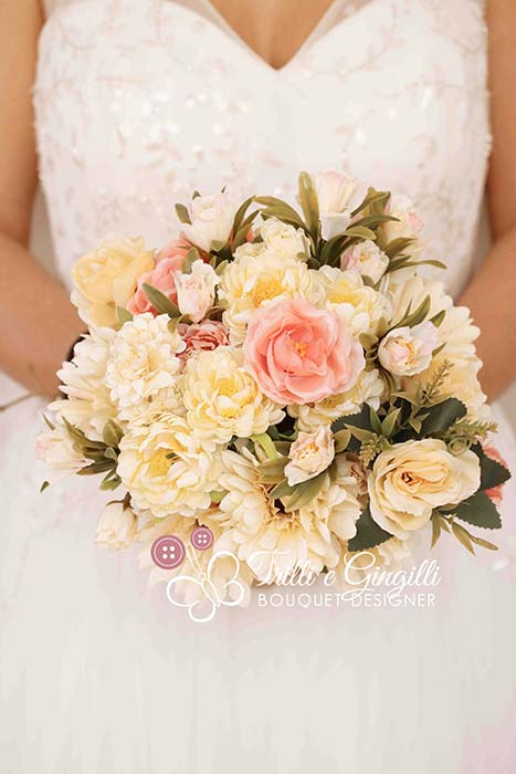 bouquet matrimonio romantico rose peonie