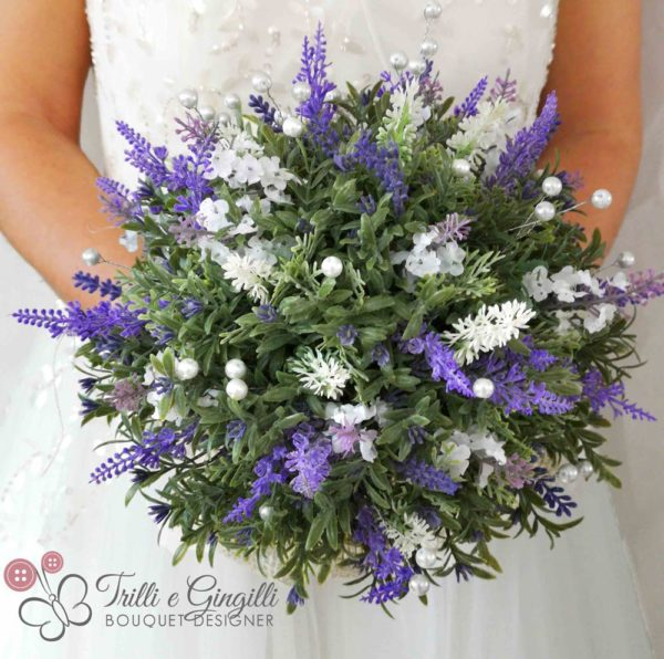 Bouquet color lavanda con perle