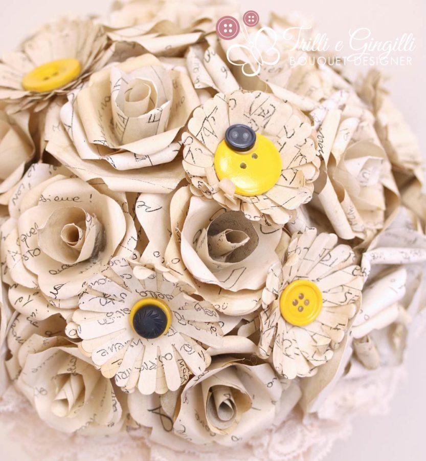 Bouquet fiori carta lettere d'amore