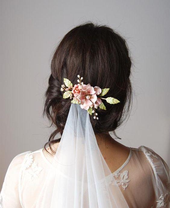 acconciatura sposa velo