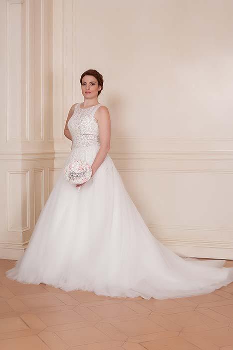 abito sposa principesco e semplice
