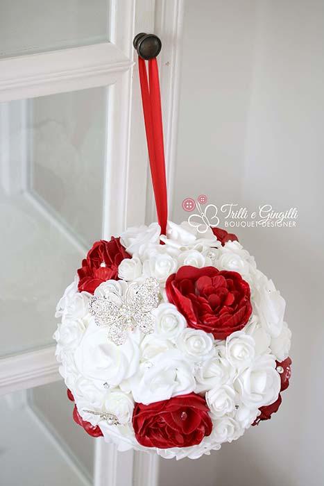 matrimonio anni 50 bouquet sferico borsetta