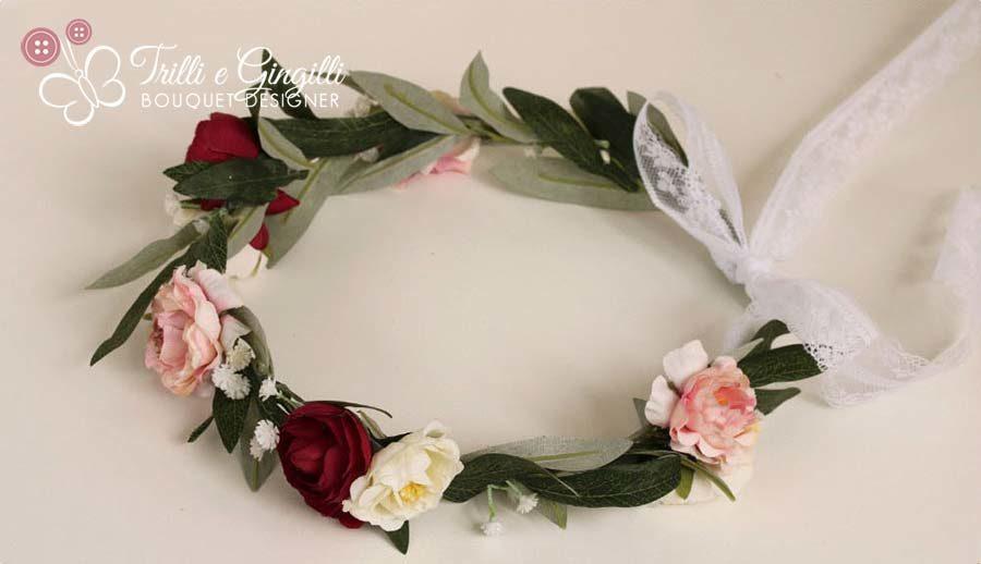 coroncina sposa di rose peonie ulivo