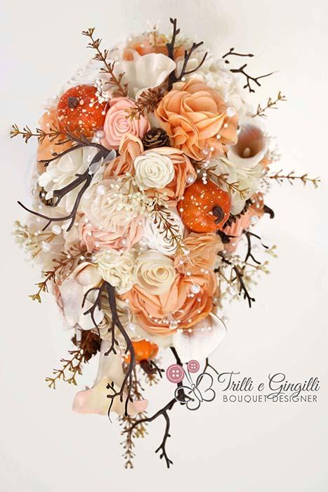 bouquet sposa a cascata per matrimonio autunno