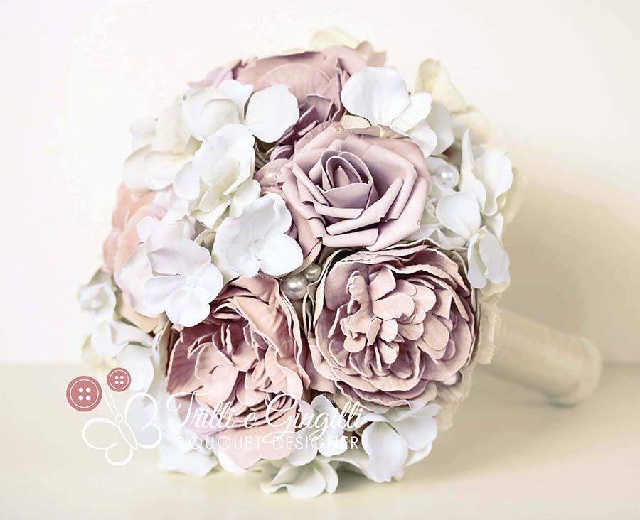 bouquet di peonie e ortensie