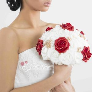 bouquet rose rosse gioiello