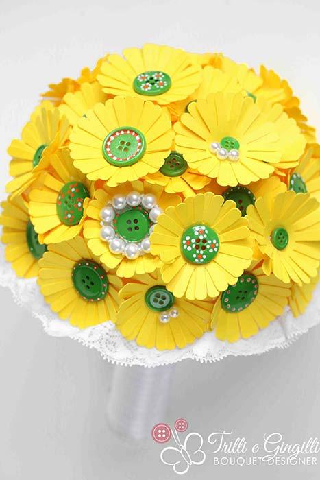 bouquet giallo margherite bottoni