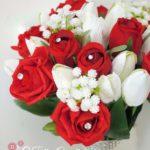 bouquet rose rose e tulipani bianchi gipsophilia nebbiolina