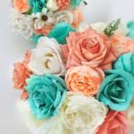 Bouquet peonie e rose menta/tiffany e corallo/pesca